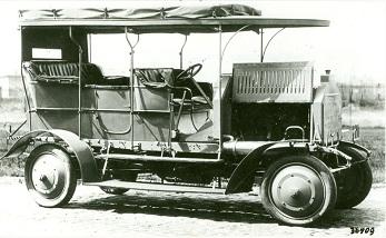 Первые грузовики