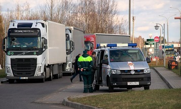 Belarus to lift coronavirus-related restrictions from transit truckers on 1 July