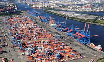 Порты в Азии, Европе и Северной Америке вводят ограничения, чтобы справиться с заторами